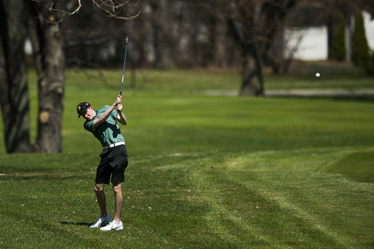 Dow's Anthony Zeitler competes in a match against Midland on Monday, April 22, 2019 at the Midland Country Club. (Katy Kildee/kkildee@mdn.net)