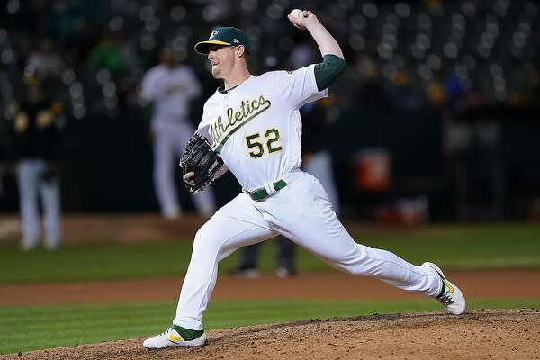 A's option Ryan Buchter, promote Ryan Dull — no more lefties in bullpen