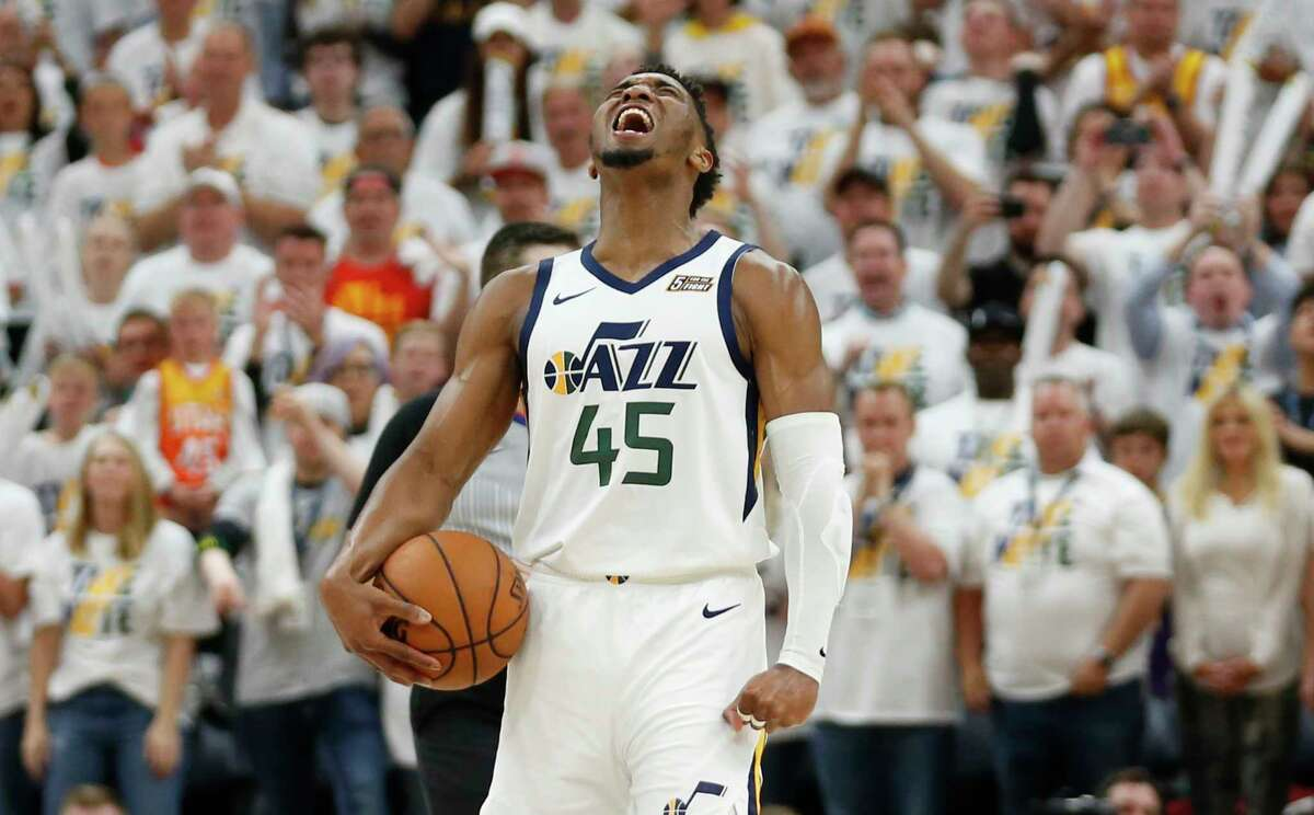 10 things you didn't know about Eric Paschall He was childhood friends with Utah Jazz star Donovan MitchellMitchell and Paschall were AAU teammates as children, and once had aspirations of going to the same college.