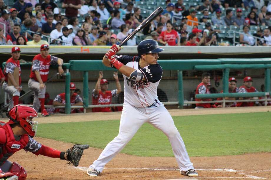Josh Rodriguez has his hitting streak up to 14 games as the Tecolotes Dos Laredos scored 18 combined runs the past two games to pick up a pair of victories. Photo: Courtesy Of The Tecolotes Dos Laredos