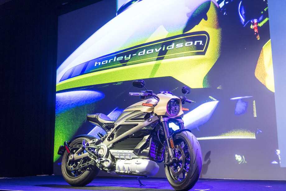 A Harley-Davidson Livewire electric motorcycle is displayed at the 2019 Consumer Electronics Show in Las Vega on Jan. 7, 2019. Photo: Bloomberg Photo By David Paul Morris / © 2019 Bloomberg Finance LP