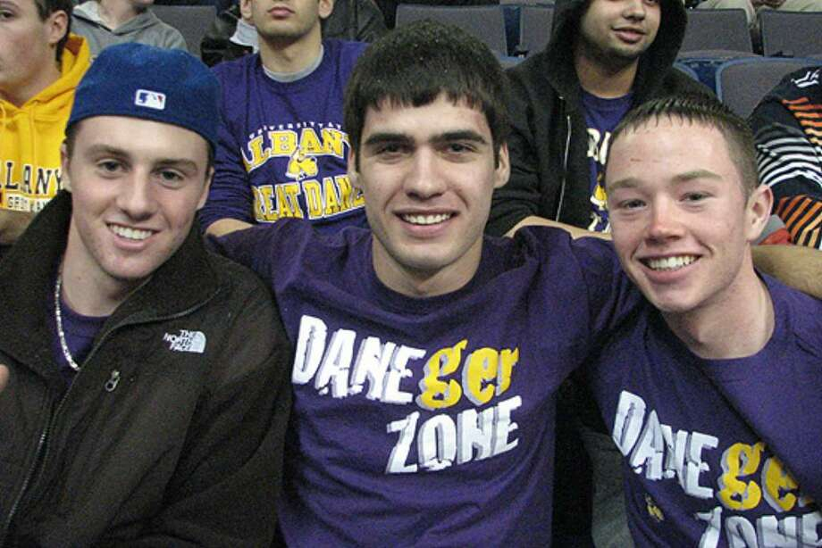 Were you seen at Siena-UAlbany basketball game 2009? Photo: Kristi L. Gustafson
