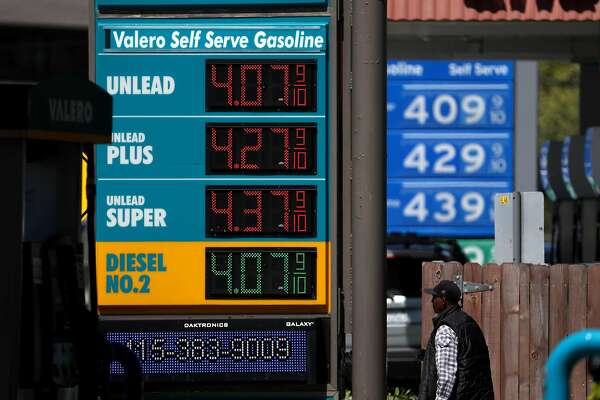 MILL VALLEY, CALIFORNIA - APRIL 09: Gas prices over $4.00 a gallon are displayed at a gas station on April 09, 2019 in Mill Valley, California. Gas prices in the San Francisco Bay Area have surged over fifty cents over the past month for statewide average of $3.80 a gallon. Experts expect prices to continue to rise and top an average of $4.00 per gallon by Memorial Day. (Photo by Justin Sullivan/Getty Images)