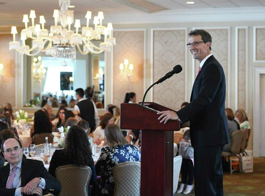 Greenwich United Way CEO David Rabin speaks at the Greenwich United Way's annual Sole Sisters luncheon at Greenwich Country Club in Greenwich, Conn. Tuesday, April 23, 2019. Photo: Tyler Sizemore / Hearst Connecticut Media / Greenwich Time