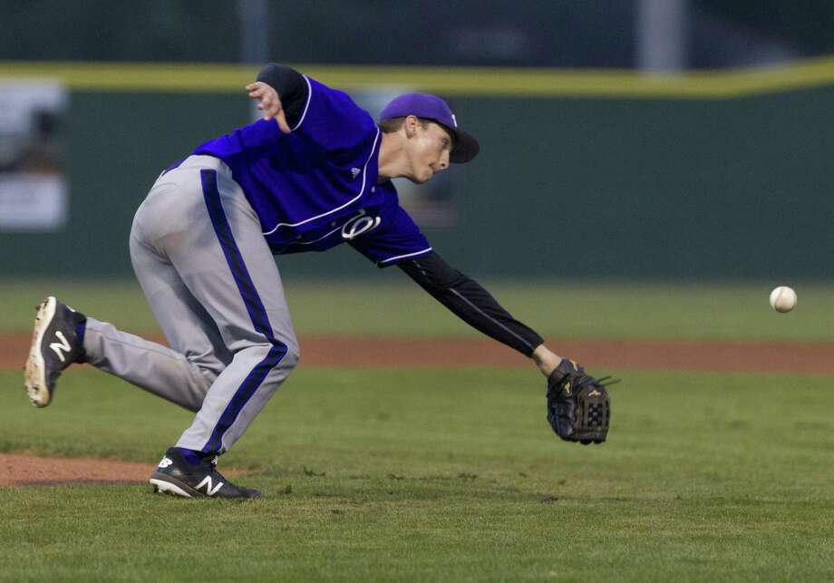 In this file photo, Willis starting pitcher Daniel Shafer (19) tries to field a ground ball during the first inning of a District 20-5A high school baseball game at Porter High School, Tuesday, March 12, 2019, in Porter. Photo: Jason Fochtman, Houston Chronicle / Staff Photographer / © 2019 Houston Chronicle