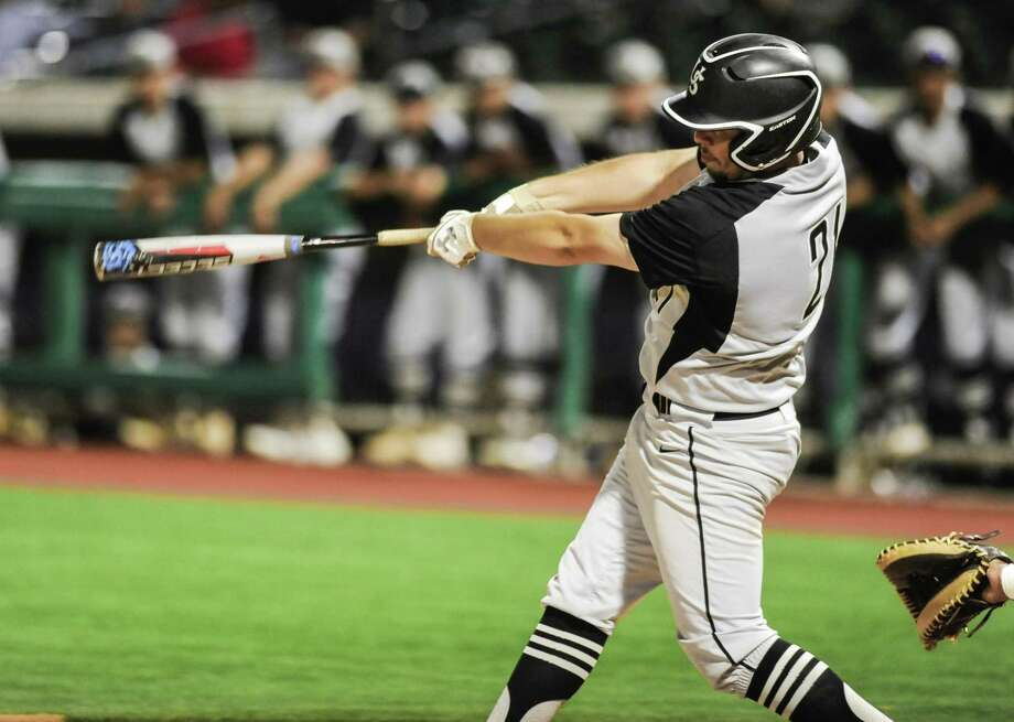 Erik Ruiz was 2-for-2 with two walks and two RBIs Thursday as United South opened the regional quarterfinals with a 5-2 victory over Los Fresnos in Roma. Photo: Danny Zaragoza /Laredo Morning Times File