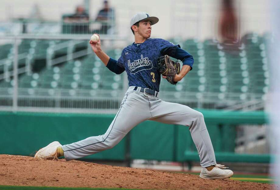 Joseph Chavana was the All-City co-Pitcher of the Year last season after going 8-3 with a 1.70 ERA and 51 strikeouts in 58.2 innings. Photo: Danny Zaragoza / Laredo Morning Times File