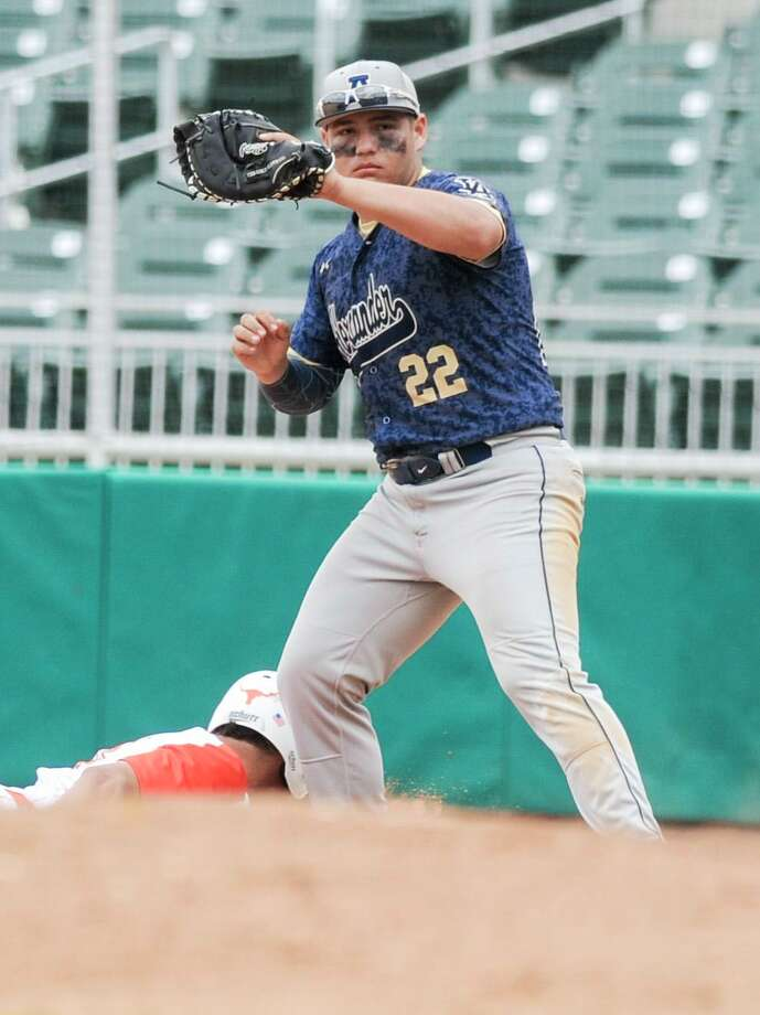 Alexander's TC Chavez committed to Laredo College on Friday. Photo: Danny Zaragoza /Laredo Morning Times File