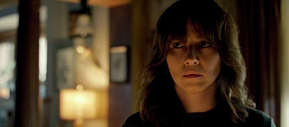 "This image released by Warner Bros. Pictures shows Linda Cardellini in a scene from ""The Curse of La Llorona."" (Warner Bros. Pictures  via AP) / Warner Bros. Pictures"