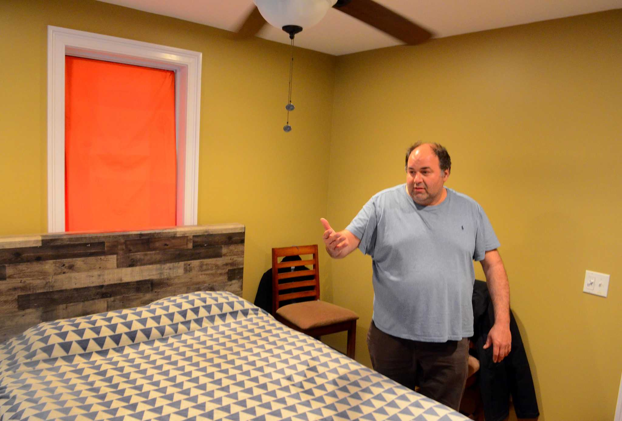 City inspects Bridgeport ed board member's apartment