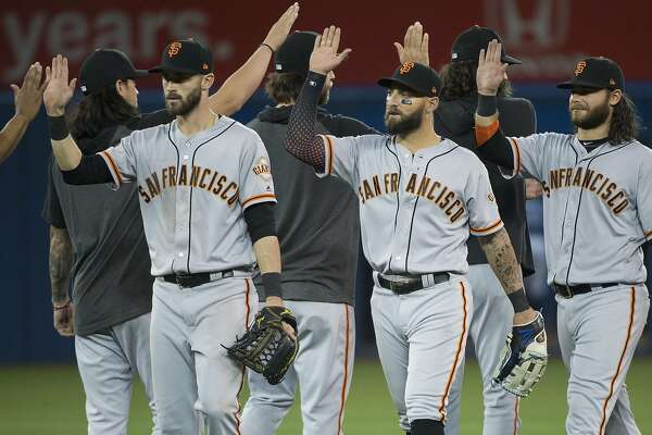 Giants, Drew Pomeranz stifle Blue Jays for third straight