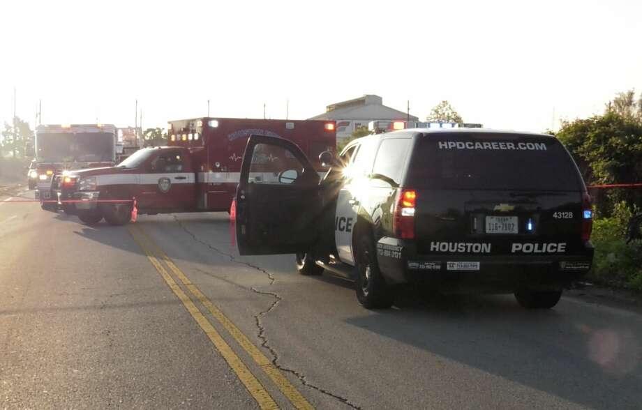 Body found in northwest Houston ditch
