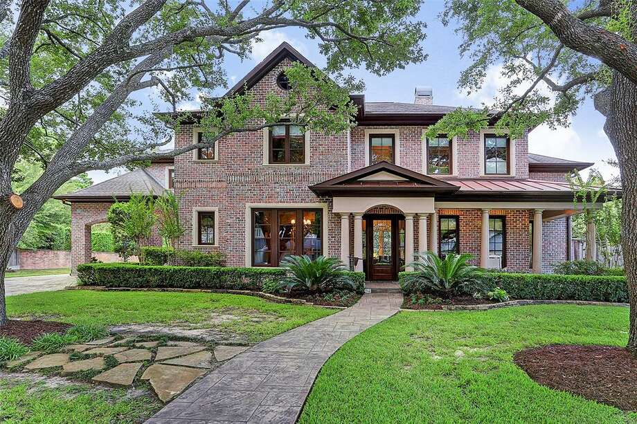 Mortgage rates are falling amid an escalating trade dispute, according to latest numbers released by Freddie Mac. Here, a home in Hunters Creek Village, where the median home sales price is $2.3 million. NEXT: Most expensive homes sold in Houston April 2019. Photo: Houston Association Of Realtors