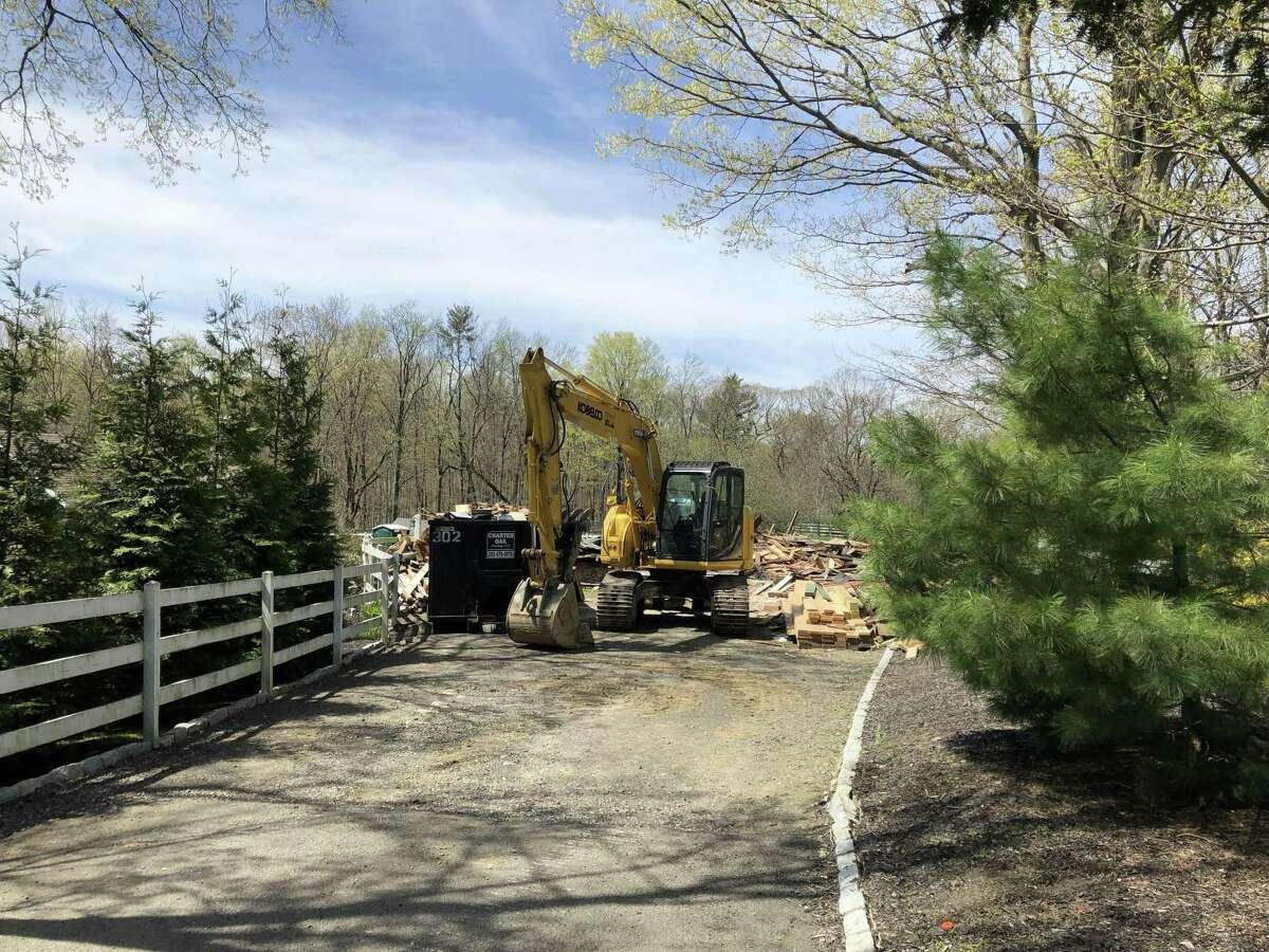 Connecticut State Police say one man is dead after a barn collapsed 81 Litchfield Turnpike on Thursday morning.