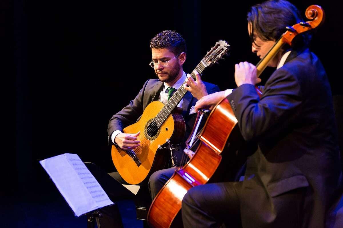 The Houston ensemble Aperio, Music of the Americas