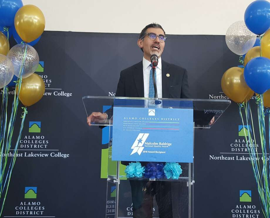 Alamo Colleges Chancellor Mike Flores recognize the receipt of the Malcolm Baldrige National Quality Award this month. The district will share its best practices in a series of workshops. Photo: Jeff B. Flinn / Staff