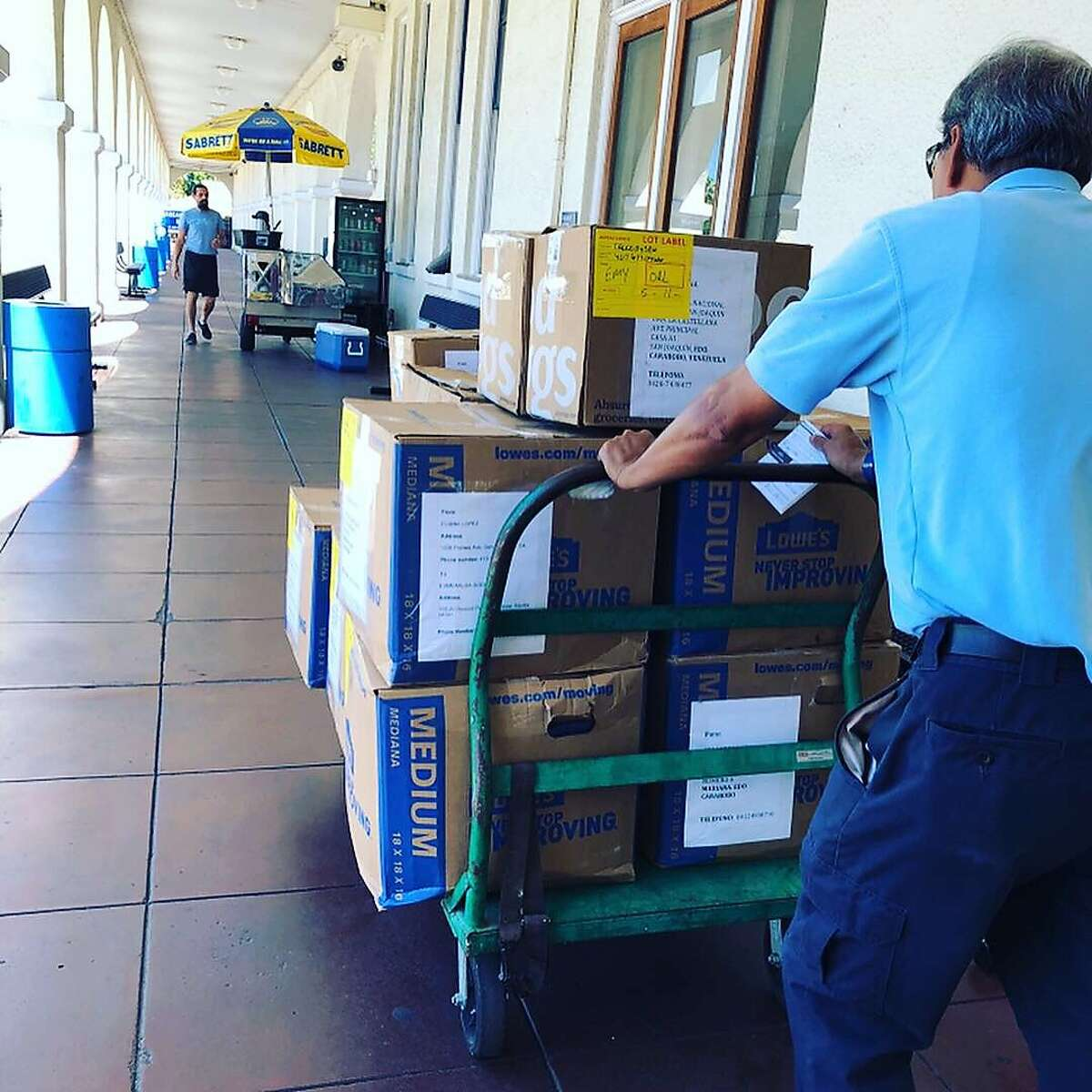 Moving those boxes for the babies of Venezuela