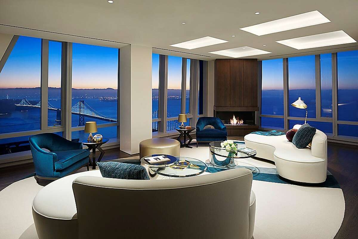 This home is a two-bedroom apartment on the 55th floor