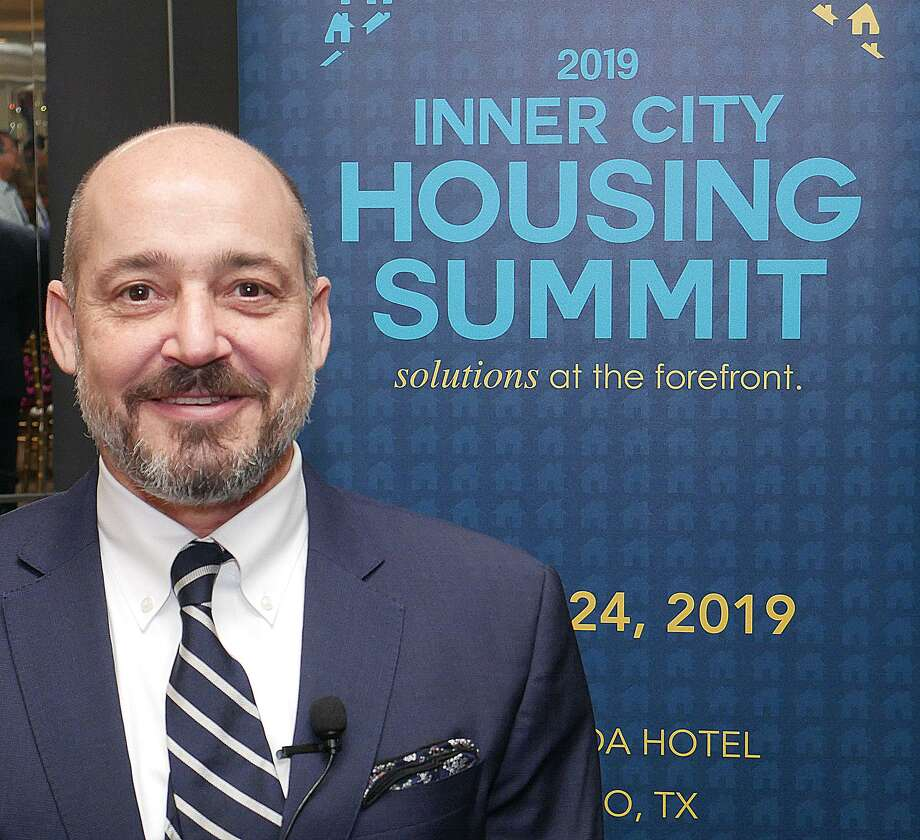 Joe Minicozzi, Director de Urban3, fue el orador invitado en la cumbre 2019 Inner City Housing Summit, que se llevó a cabo en La Posada Hotel, el miércoles. Photo: Cuate Santos /Laredo Morning Times