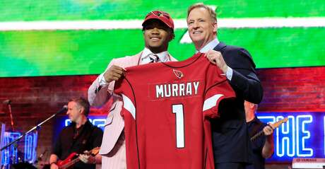 NASHVILLE, TENNESSEE - APRIL 25:  Kyler Murray Oklahoma poses with NFL Commissioner Roger Goodell after he was picked #1 overall by the Arizona Cardinals during the first round of the 2019 NFL Draft on April 25, 2019 in Nashville, Tennessee. (Photo by Andy Lyons/Getty Images)