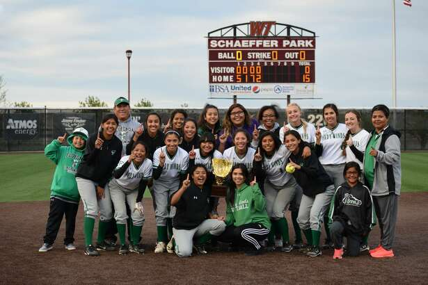 The Lady Winds earned the Bi-District Champion title after a matchup with Memphis Tuesday evening.