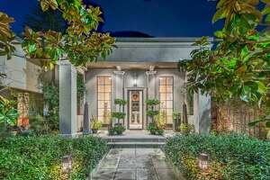 13 acres and artistic luxury here at the Bay Oaks Estate in Sonoma