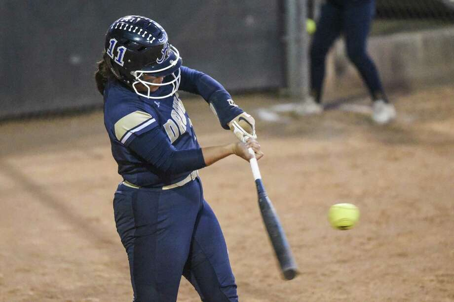 Kayla Martinez and Alexander fell 10-4 on the road in their playoff opener Thursday against PSJA North. The series continues Friday as the Lady Bulldogs look to keep their season alive. Photo: Danny Zaragoza / Laredo Morning Times