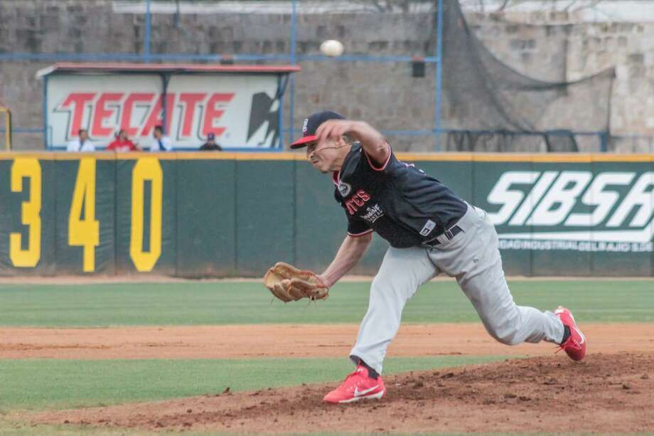 Tecolotes pitcher Luke Heimlich Photo: Courtesy Of The Tecolotes Dos Laredos