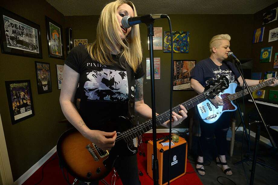 "From left, Yancey Head, Mike Miguez (out of frame) and Meredith McMurray rehearse at McMurray's home in Beaumont. The punk trio ""Very Very Boom"" will be among the bands performing at The Art Studio, Inc's Band night Saturday, April 27. Photo taken Thursday, April 18, 2019 Kim Brent/The Enterprise Photo: Kim Brent / The Enterprise / BEN"