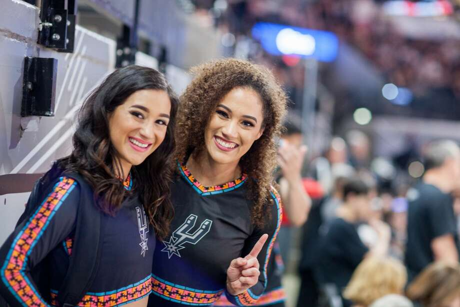 Spurs fans gathered at the AT&T Center Thursday night as the Silver & Black took on the Denver Nuggets for Game 6 of the NBA playoff series. Photo: Fabian Leon Villa