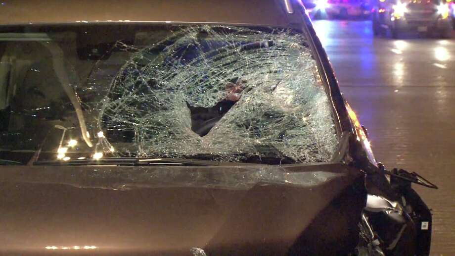 Man jumps out of car on Pierce Elevated, fatally struck by SUV