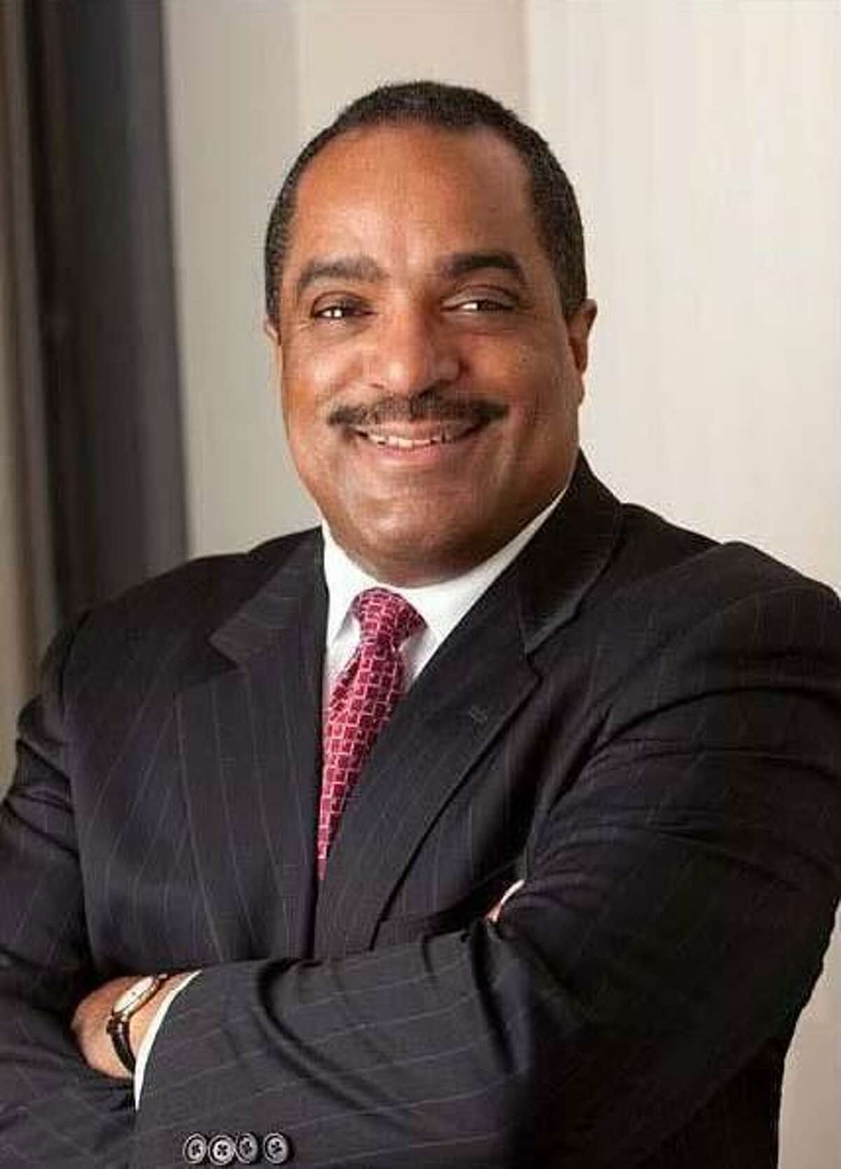 Paul McCraven, a member of the Gateway Community College Foundation, Inc. was elected chairman of the GCCF Board of Directors