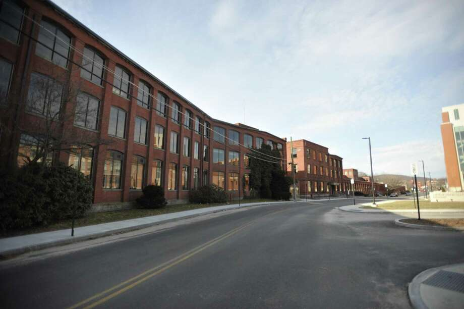 The former factory building at 59 Field St. is large enough to offer dozens of apartments on the second and third floors, according to city planners. Photo: Ben Lambert / Hearst Connecticut Media /
