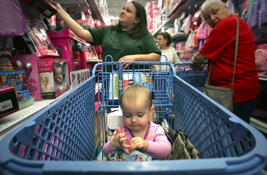 A new Conn's HomePlus may take over space at The Forum at Olympia Parkway that was once occupied by Toys R Us. Photo: Bob Owen /AP / San Antonio Express-News