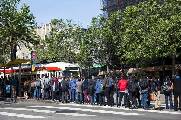 Downed wire Friday adds to Muni's labor woes, crippling light-rail