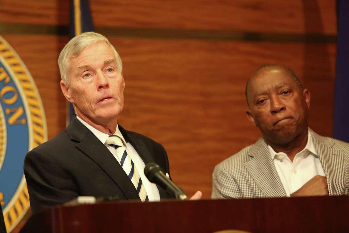 Council Member Jack Christie, left, and Mayor Sylvester Turner in April 2016. ( Steve Gonzales / Houston Chronicle )