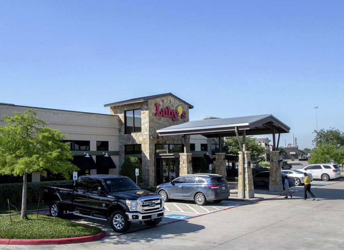 Luby's reported a $5.3 million loss as it cut six under-performing restaurants from its portfolio during the third quarter.