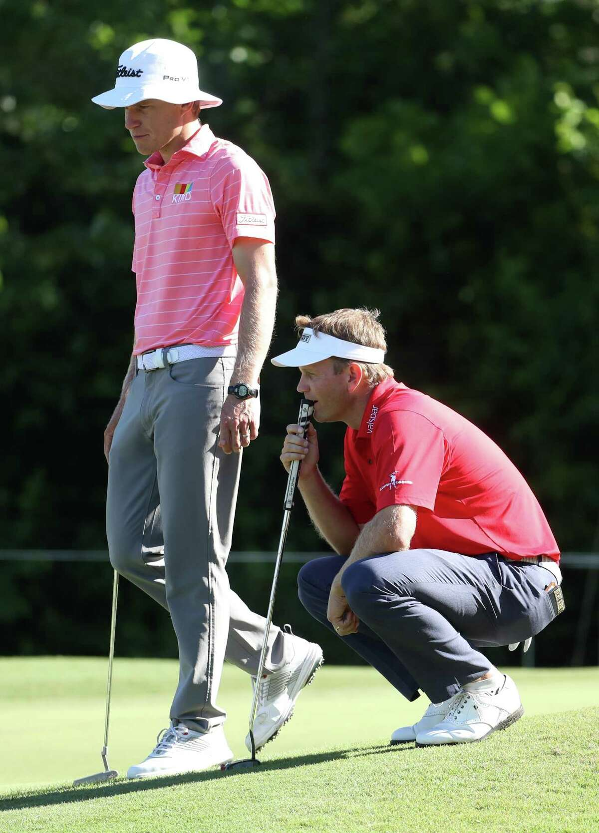 AVONDALE, LOUISIANA - APRIL 26: Billy Hurley III and Peter Malnati of the United States prepare to putt on the first hole during the second round of the Zurich Classic at TPC Louisiana on April 26, 2019 in Avondale, Louisiana. (Photo by Chris Graythen/Getty Images)