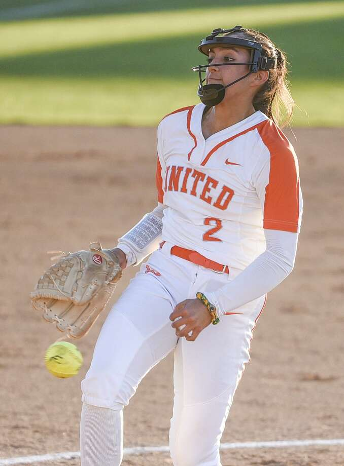 Kelly Salinas gave up one run and had three hits at the plate as United run-ruled McAllen Memorial 17-1 Friday to advance to the second round of the postseason. Photo: Danny Zaragoza /Laredo Morning Times