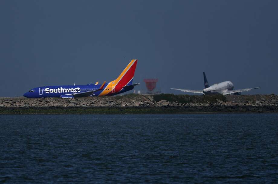 A Southwest Airlines Boeing 737 plane prepares to take off from Oakland International Airport on April 25, 2019. Photo: Justin Sullivan, Getty Images