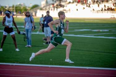 Matthew Boling turns in 9 98 in 100-meter dash, Strake