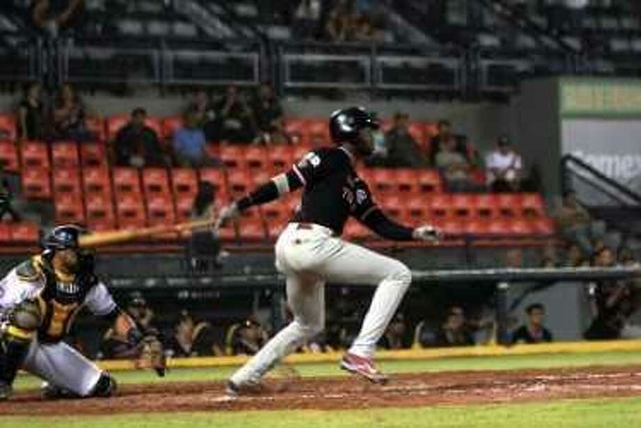 Domonic Brown and the Tecolotes won 6-4 at Aguascalientes Saturday to set up a rubber match. Brown finished 1-for-5 with a run in the victory. Photo: Courtesy Of The Tecolotes Dos Laredos