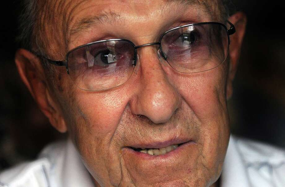 Former City of Schenectady Mayor  Frank Duci, 87, who is battling lung cancer, talks about his life and politics in his home, Thursday, November 6, 2008 Photo: STEVE JACOBS, TIMES UNION / 00001105A