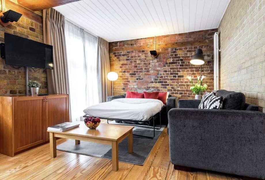 How Marriott, Airbnb turf battle benefits travelers