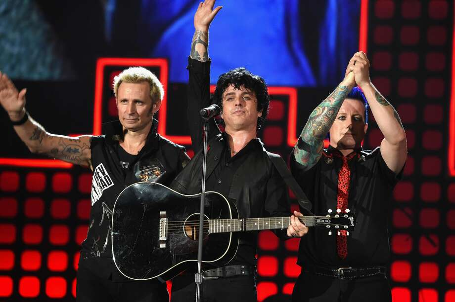 Billie Joe Armstrong announced he wants Green Day to play a show in a fan's backyard to celebrate their upcoming record release. Photo: Michael Kovac/Getty Images
