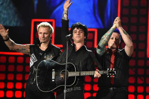 NEW YORK, NY - SEPTEMBER 23: (L-R) Mike Dirnt, Billie Joe Armstrong and Tre Cool of Green Day perform onstage during Global Citizen Festival 2017 at Central Park on September 23, 2017 in New York City. (Photo by Michael Kovac/Getty Images)