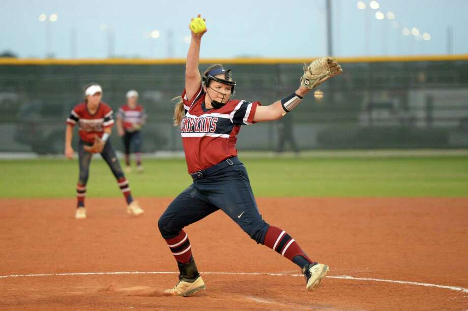 Ashley Martinec (15) of Tompkins delivers a pitch during the fifth inning of a Class 6A Region III bi-district playoff softball game between the Tompkins Falcons and the Kempner Cougars on Friday, April 26, 2019 at Paetow High School, Katy, TX. Photo: Craig Moseley, Houston Chronicle / Staff Photographer / ©2019 Houston Chronicle