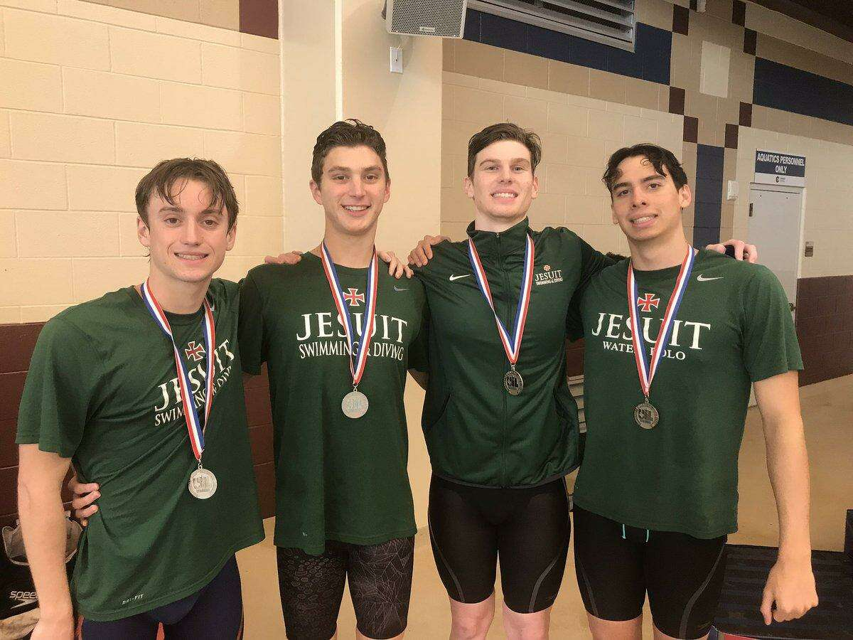 The Strake Jesuit 200-yard freestyle relay team ofChris Russell, Reed Casper, Jeremy Bates and Andreas Mason qualified for the UIL state meet and earned a first-team all-state ranking from TISCA.