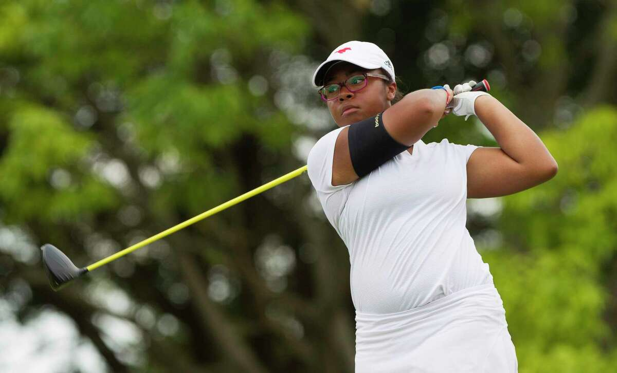 Zoe Slaughter of Memorial, shown in 2018, was named to the Houston Area Golf Coaches Association All-Area Team