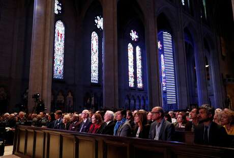 Dignitaries in front row before Grace Cathedral concert in solidarity with Notre Dame de Paris